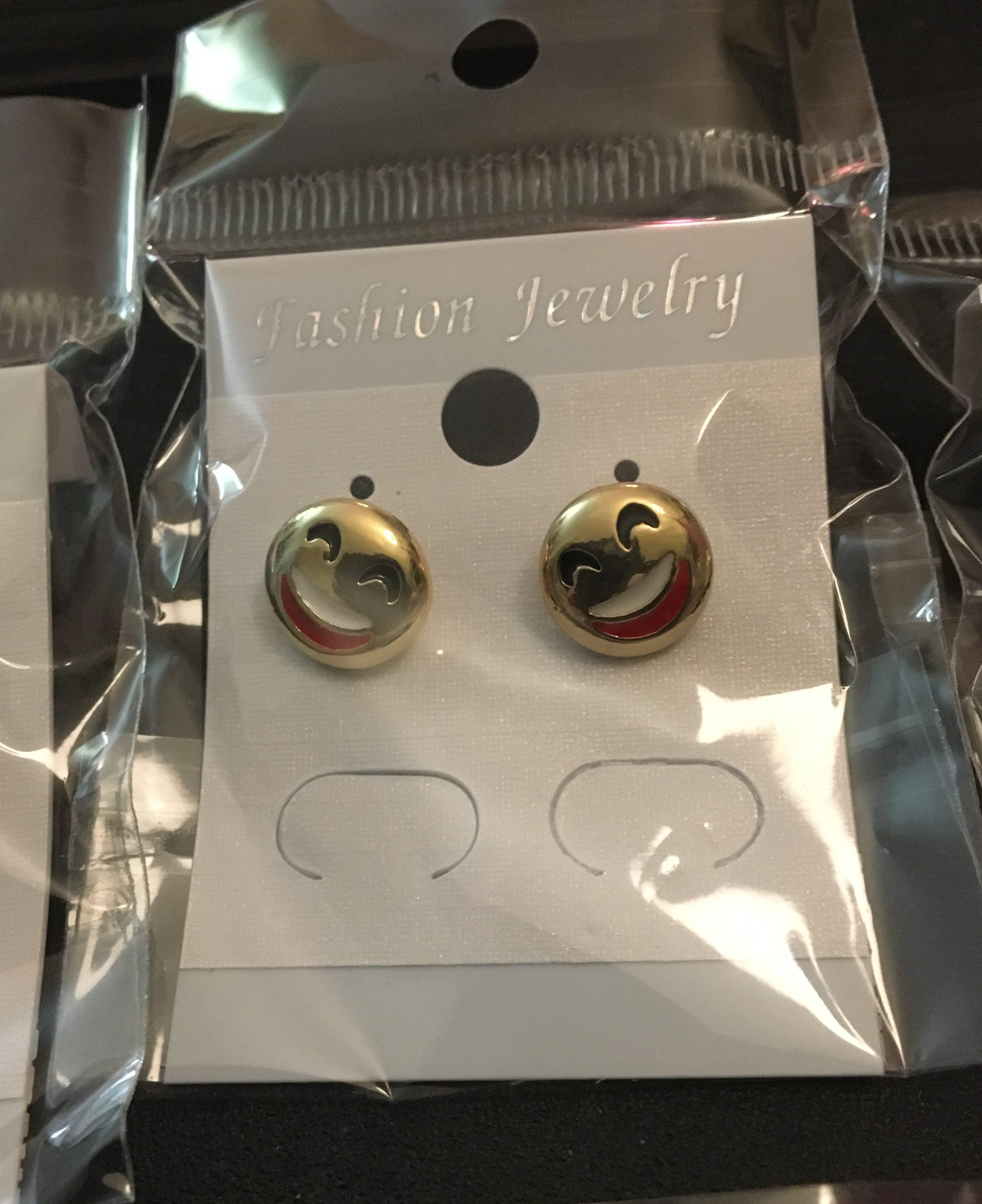 Mini Monday - Emoji Earrings Review - Tina Bs World